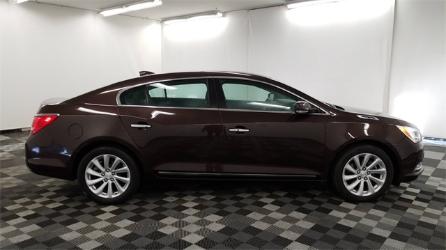 Pre Owned 2016 Buick Lacrosse Leather Group Fwd 4d Sedan